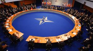 Trampas vadino NATO pasenusia organizacija, kuri naujomis tarptautinėmis sąlygomis yra nereikalinga ir neefektyvi
